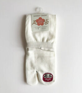 Japanese Tabi Socks White 9-9.5 inch Daruma Doll Pattern NWT