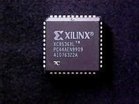 XC9536XL-7PC44C - Xilinx CPLD XC9536XL (PLCC-44)