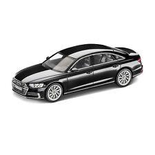 Audi A8 L Mythosschwarz 1:18 5011708051
