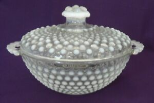Anchor Hocking Opalescent Moonstone Covered Candy Dish Handles - EXCELLENT