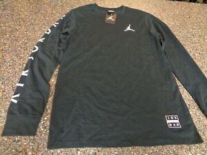 Nike Air Jordan Men's Medium Long Sleeve Black T-Shirt Athleisure