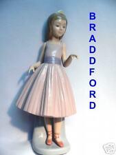 Lladro 5093 Ballerina Girl * A Dancing Partner* Perfect