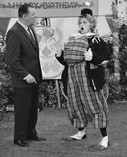 THE LUCY SHOW - TV SHOW PHOTO #14 - LUCILLE BALL