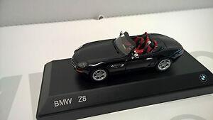 Original BMW Miniatur Z8 1:43 ***NEU/OVP***