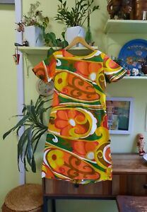 Vintage 60/'s 70/'s Tiki Hawaii Psychedelic Technicolor Flower Halter Maxi Dress Lounge with Slit Mod Hippie Boho Retro S-M