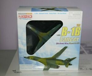 Dragon wings 56225 Boeing / Rockwell B-1B Lancer USAF in 1:400 Scale