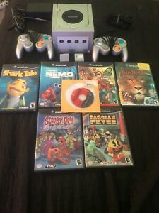 Nintendo GameCube Silver Console w 7 FREE Games, 2 Controllers, & 2 Memory Cards