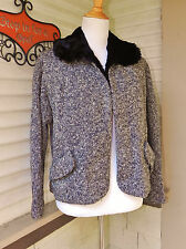 VINTAGE 1950s BLACK/WHITE NUBBLY TWEED JACKET FULLY LINED w/GENUINE FUR S/M
