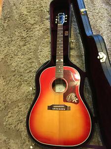 Gibson Brad Paisley Limited Edition Cherry Sunburst J-45 Acoustic/Electric Guita