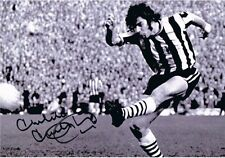 Signé Malcolm MacDonald Newcastle v Burnley FA Cup Autographe Photo + Proof