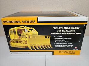 International IH TD-25 ROPS Integral Arch - First Gear 1:25 Scale #40-0208 New!