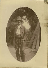 PHOTO ANCIENNE - VINTAGE SNAPSHOT - HOMME CHASSEUR CHASSE FUMEUR PIPE - HUNTER