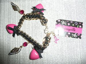 BETSEY JOHNSON Charm bracelet ~ Rhinestone wings - Hot pink hearts & Black bows