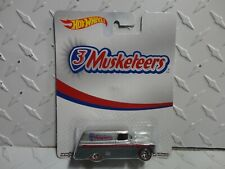 Hot Wheels Pop Culture  3 Musketeers '55 Chevy Panel Truck