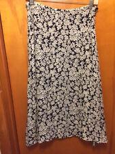 LAUREN RALPH LAUREN - Black/White Floral 100% Silk A-Line Skirt - 8P