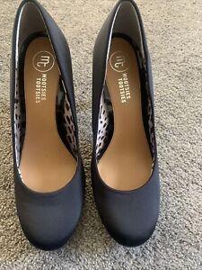 White Satin Mootsie Tootsies Low Heel Shoes Sz 8 Womens