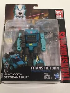 Hasbro - Transformers Generations - Titans Return - Sergeant Kup