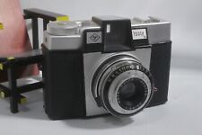 (d)  Vintage AGFA ISOLY III, medium format camera for 120 roll film.