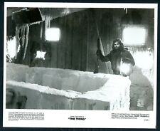 KURT RUSSELL in The Thing '82 RIFLE ICE