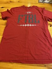 Mens Size Medium Under Armour Shirt Red READ