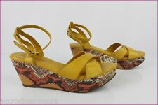 Sandales à Semelles Compensées SAN MARINA Cuir Jaune / Camel T 40 TBE