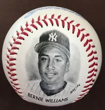 Bernie Williams 1996 BURGER KING Give Away Photo Ball YANKEES BASEBALL Free S&H