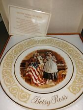 Vintage Avon Commemorative Plate Betsy Ross By Enoch Wedgwood England