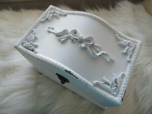 VINTAGE Shabby Chic WOOD CHEST BOX Latch WHITE Chippy Paint COTTAGE Bows Swags