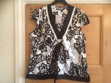 Lovely Ladies Top, In Size 18.