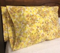 VINTAGE WAMSUTTA ULTRACALE GOLD YELLOW MULTI-COLOR FLORAL 2 STANDARD PILLOWCASES