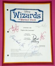 WIZARDS OF WAVERLY PLACE SIGNED SCRIPT RPT SELENA GOMEZ