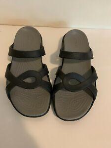 Crocs Women's Casual Slip On Size 8 Wide Black Slide Sandals