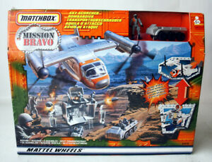 RARE 1998 MATCHBOX MISSION BRAVO SKY SCORCHER PLANE PLAYSET NEW SEALED !