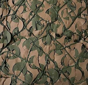 "Small Woodland camo camouflage Netting Blind with Net backing 9'10""x 9'10"""