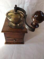 Kaffeemühle, alt, antik, Eichenholz um 1900, coffee grinder, moulin a cafe