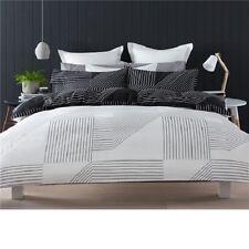 BLACK WHITE GEOMETRIC REVERSIBLE QUEEN bed QUILT DOONA DUVET COVER SET