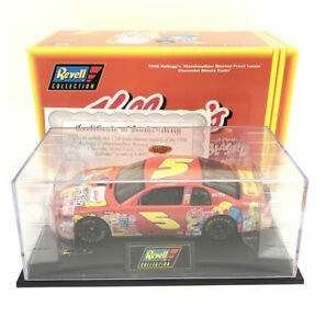 1998 Revell Terry Labonte #5 Kelloggs Froot Loops Chevy Monte Carlo 1:24 Scale