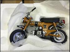 1:10 Ebbro  Honda ST50 1969 Motorcycle Die Cast Model