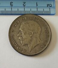 HALF CROWN.  UK.  1929.  A 50.0% SILVER 1929 KING GEORGE V UK HALF CROWN.