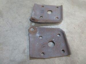 1953 54 Ford Mainline rear leaf spring lower shock mount bracket plate pair set