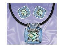 BLUE FAUX ENAMEL MOTHER OF PEARL PENDANT & EARING SET
