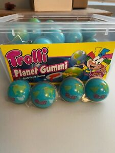 Trolli Planet Gummi with sour centers, 1/2/4/10 pcs Tik Tok IN HAND