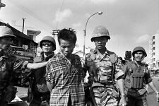 Vietnam War Viet Cong Escorted To Execution By General Nguyen Loan 8.5x11 Photo