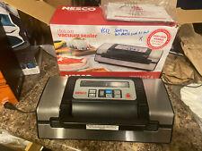 Nesco Deluxe Vacuum Sealer, VS-12 - seals fine but wont suck out air - as-is
