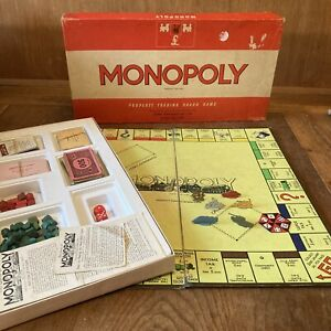 VINTAGE MONOPOLY RED BOX WADDINGTONS C1950s COMPLETE Tin Tokens Wooden Houses