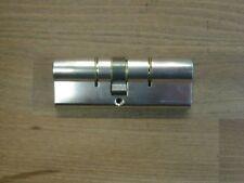 DOM Profilhalbzylinder IX 5 N BL 40/10 Mm Vernickelt mit 3 Schlüsseln Neusilber