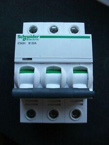 schneider IC60H b32 amp triple pole mcb ic60h range