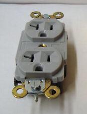 Hubbell Duplex Plug Receptacle 20 A, 125 V