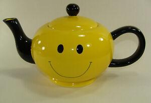 Happy Face/Smiley Yellow TEAPOT burton & Burton