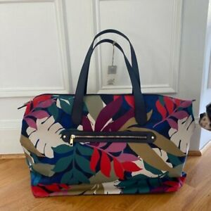 New with tags- Weekender Tote Bag  Large Adjustable Crossbody strap